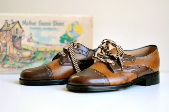 50s 60s Mother Goose children women shoes 1950 1960 brown leather two tone cap toe NOS original box Lucky 7