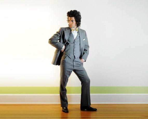 70s mens three piece tweed suit 1970 gray herringbone tweed plaid windowpane wide lapel Anderson Little 38R 40R Lucky 7