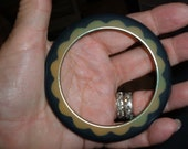 bakelite scalloped bangle bracelet vintage apple juice black
