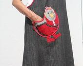Full apron with Ukrainian Hen pocket.