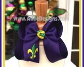 Mardi Gras Hairbow - Large Size - Purple - Fleur De LisHairbow -  Mardi Gras Hair bow  - PURPLE LARGE SIZE - Abbe' Designs