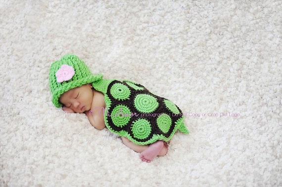 Turtle hatchling, hat with removeable crochet flower and shell cover cape, photography prop