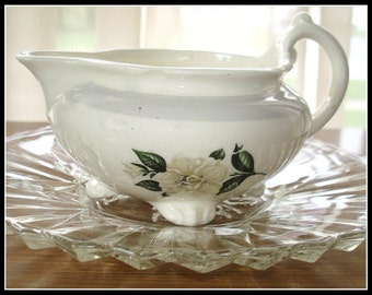 Homer Laughlin Creamer Vintage Nautilus Pattern Made In USA Gardenia Transfers Four Self Feet