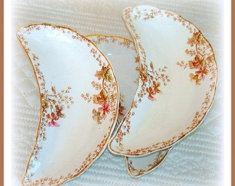 Antique Bone Plates Set of 3 Semi-Porcelain Dinnerware Specialties  Henry Alcock Co., England  Circa 1891-1900