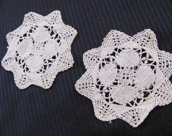 "Set of 2 Small Antique Handmade Round Doilies 5.5"""