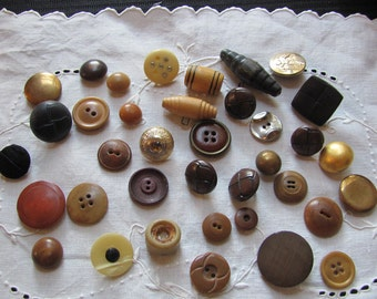 Lot of 37 Vintage and Antique Bakelite Celluloid Vegetable Metal Wood Buttons Assorted