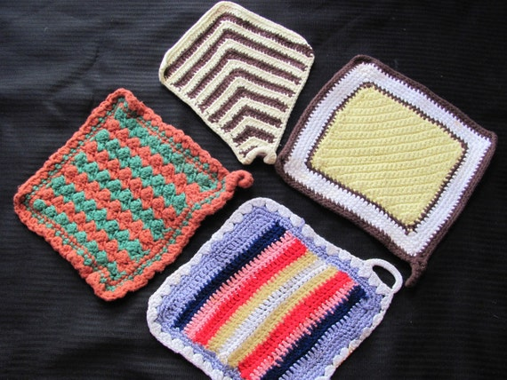 Lot of 4 Assorted Vintage Handmade Hot Pads PotHolder