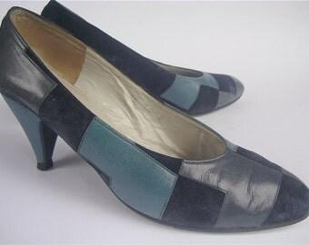 Vintage Navy Blue Shoes Vintage Blue Suede Ladies Shoes Vintage Blue Leather Shoes Vintage Charles Jourdan Shoes Size 7 Vtg Designer Shoes