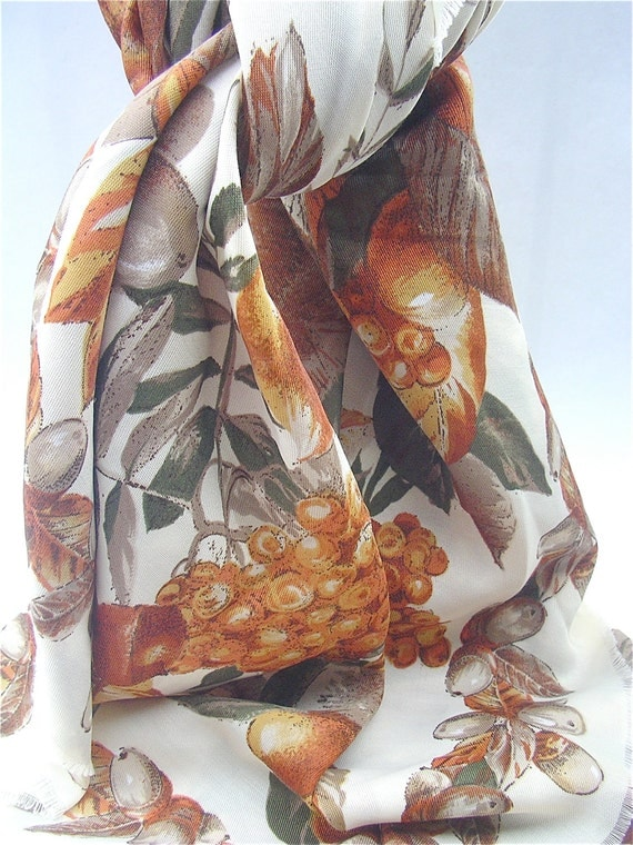 Vintage Burnt Orange Scarf Harvest Scarf Autumn Color Scarf Fall Color Scarf Olive Green Scarf Fringe Scarf Burnt Orange Wrap Italian Scarf