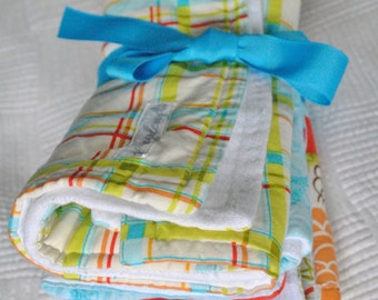Baby Bird Gift Set-2 burp cloths & 1 double sided Cotton and flannel recieving blanket