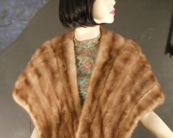 PRICE REDUCED......Vintage: Beautiful Cinnamon colored Genuine fur  Mink Wrap for Evening or Special Occasion