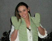 Custom Order for txk9mom Crochet Scarf and MItten Set in Ribbed Pattern