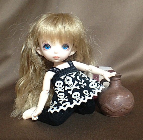 Black and White Skully Top and Pants set for PukiFee / Lati Yellow / 16cm doll