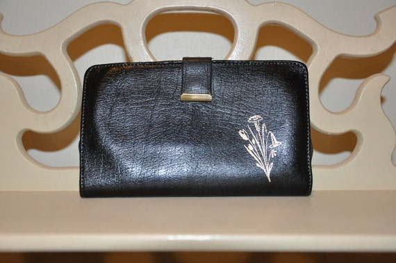 Vintage black leather womens wallet