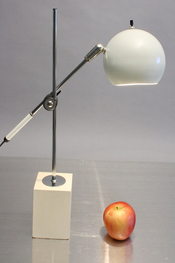 Sonneman Eyeball Lamp 1960s Adjustable Desk Or Table Lamp Mid