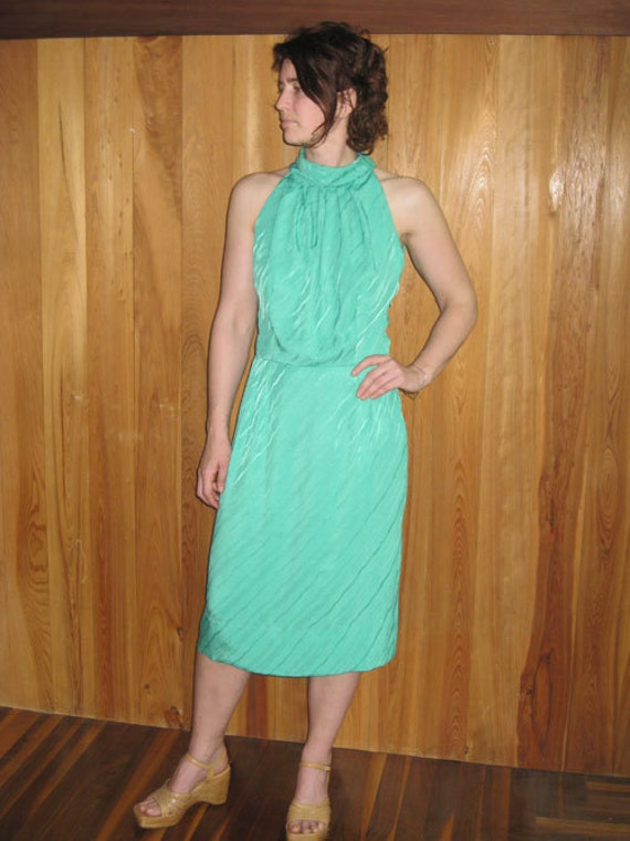 Vintage Sleeveless Seafoam Dress