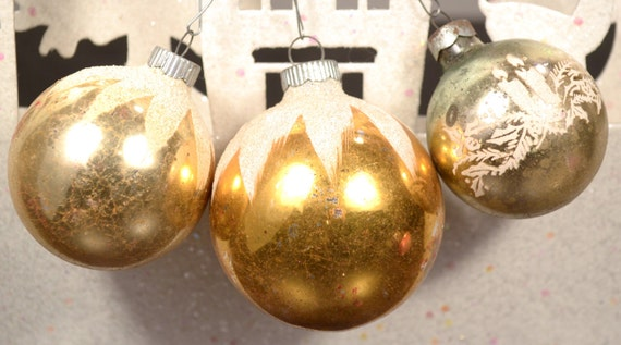 Gold Christmas Ornaments Vintage Shiny Brite Stenciled Mica Set of 3