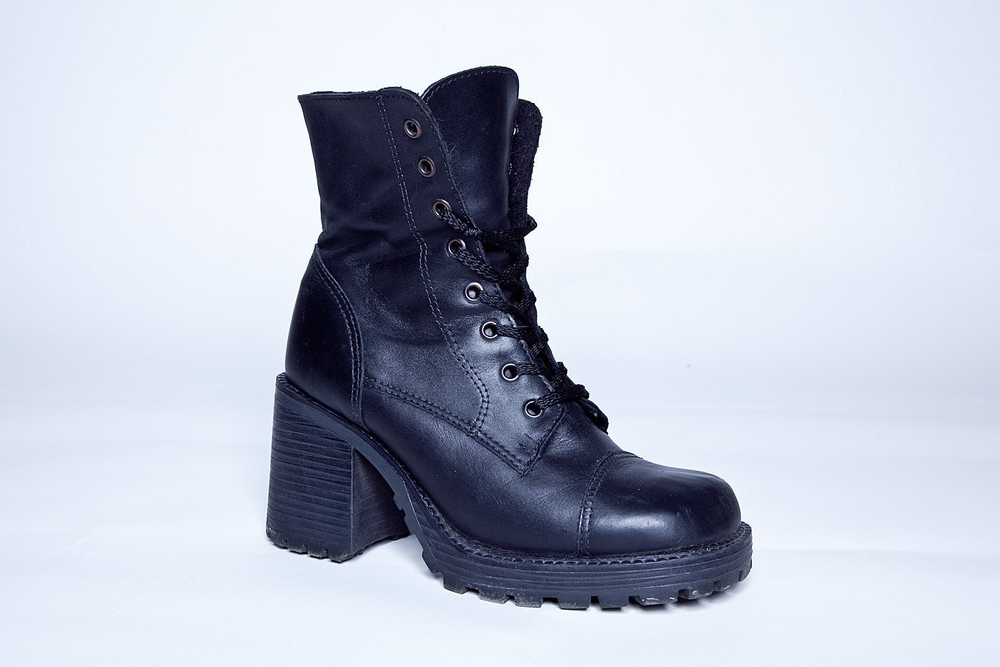 90s chunky heeled black combat boots 7 by blackgatestudio