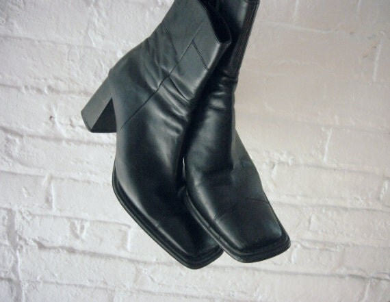 Black Ankle Boots 90s Vintage 80s Leather Chelsea Boots 7 37 Hayri Chunky Low Heel Square Toe Mod Grunge Goth Indie Minimalist Beatle Boots