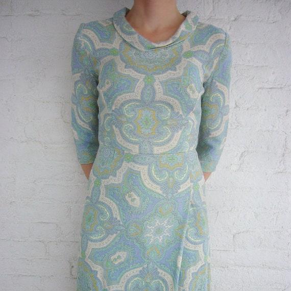 50s 60s Wiggle Dress Vintage Shift Dress Cotton Seafoam Green Blue Paisley Mod Small Spring Fashion Bombshell Mad Men Day Dress