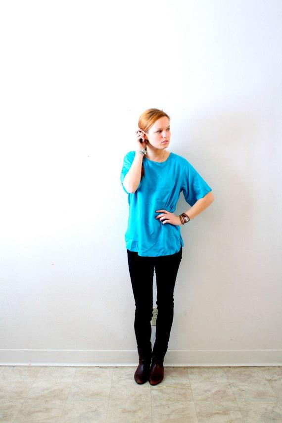 SALE:) Vintage blue pocket tshirt