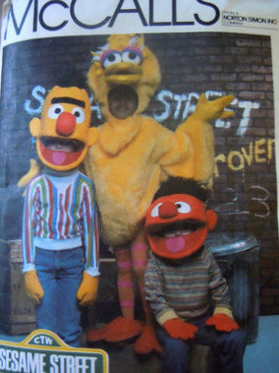 Sesame Street McCalls 8793 1980s costume sewing pattern Big Bird Bert and Ernie size small 4-6