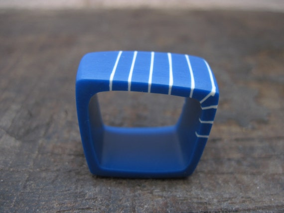 royal blue resin square ring with cream stripes