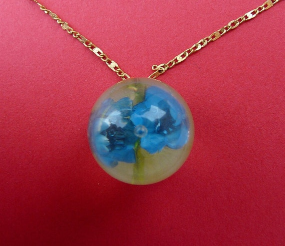 Blue Flower Bubble Necklace with Grass in Clear Lucite Pendant Handmade Vintage