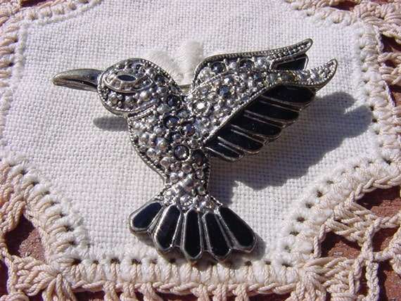Vintage Marcasite Brooch Hummingbird in Flight