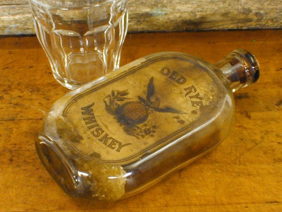 Antique Old Rye Whiskey Bottle w Label