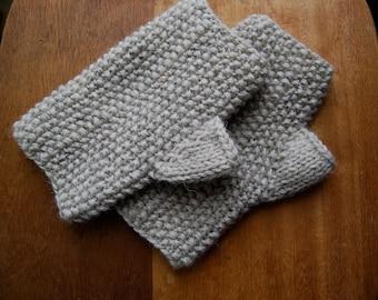 Montauk Fingerless Gloves KNITTING PATTERN