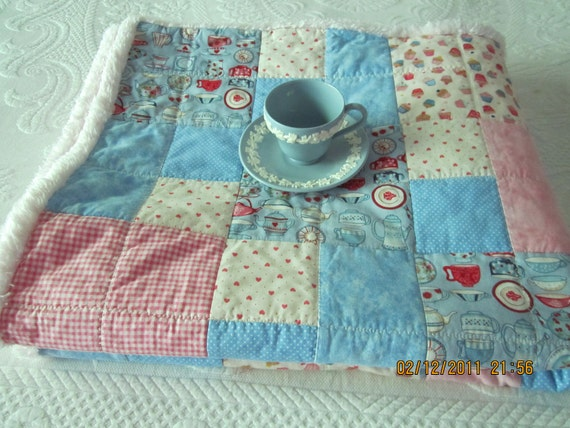 Shabby Chic, Minky, Warm, Baby, Toddler, Quilt with Cupcakes, English China, Roses, Hearts