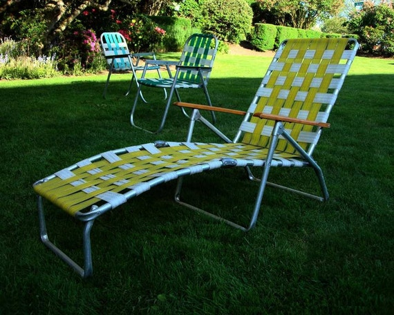 Mid century aluminum chaise lounge folding lawn chair aluminum for Aluminum folding chaise lounge