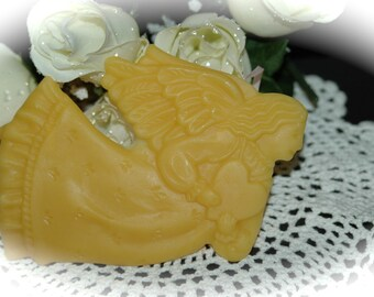 Beeswax Flying Angel with Heart Christmas Decoration - Handmade Christmas Ornament - Pure Beeswax Christmas Ornament