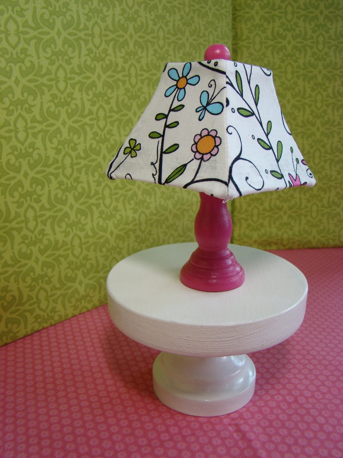 Barbie Furniture Pink Table Lamp W Square Bell Lampshade