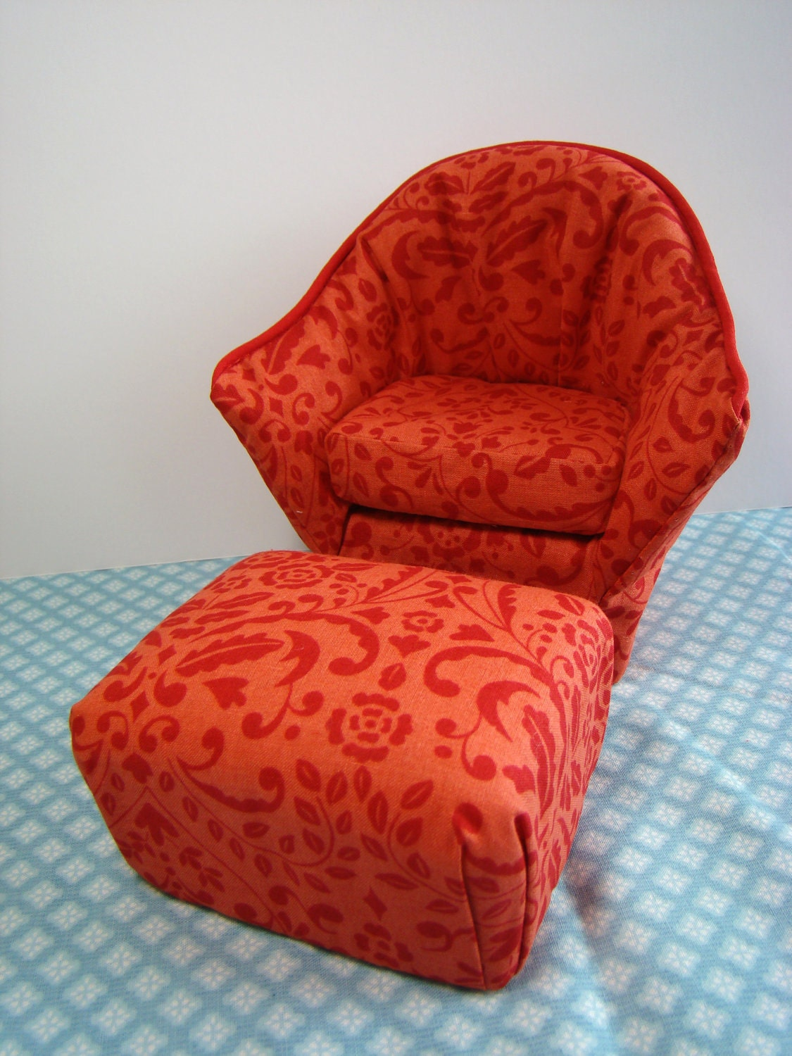 Barbie furniture orange and red print arm chair w matching for Matching arm chairs