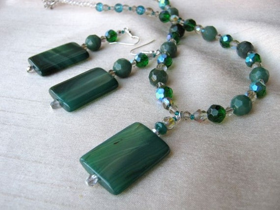 Green Stone Necklace & Earrings Set - forest green, emerald green, silver, grey, natural stone, crystal
