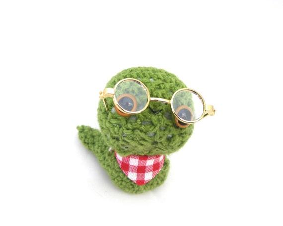 Amigurumi Glasses : bookworm amigurumi plush stuffed animal glasses green crochet