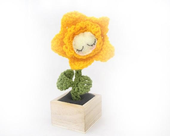 flower amigurumi daffodil plant plush doll sleeping yellow green crochet sleeping pot plant ready to ship