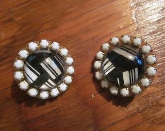 vtg lucite deco bubble earrings