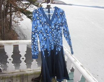 SALE...vintage alverardo bessi dress, size med couture italy..Amazing..Gorgeous,,