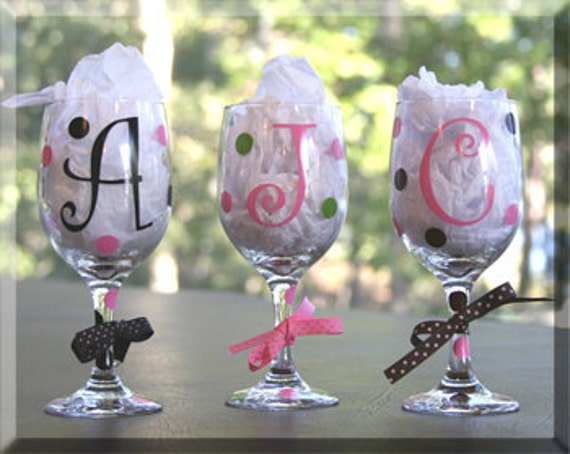 Personalized Initial Wine Glasses with Polka Dots / Bridal Party/Bachelorette Party/ Girls Night Out/Birthday Gift