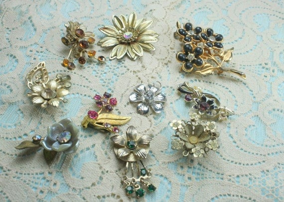 SHABBY CHIC  Lot of Vintage  and Salvaged Colorful Rhinestone Flower Jewelry Parts and Pieces