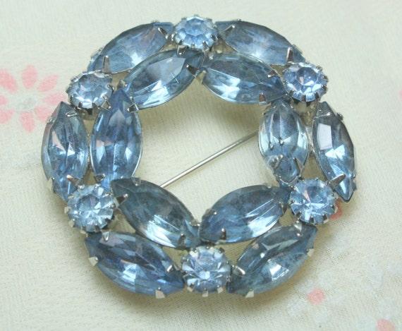 Pretty Vintage Baby Blue Navette Glass Rhinestone Wreath Brooch in Silver Tone Metal