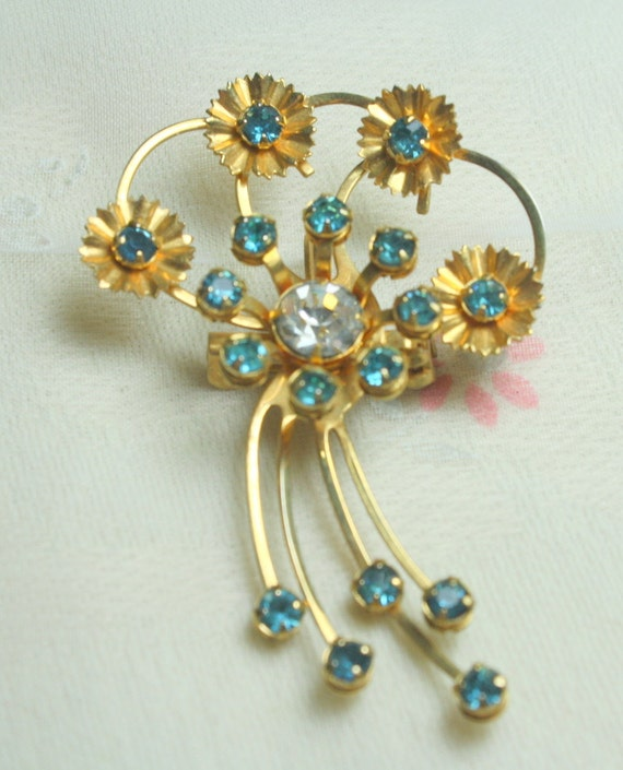 Beautiful Vintage Gold Metal Baby Blue and Clear Rhinestone Flower Brooch Pendant