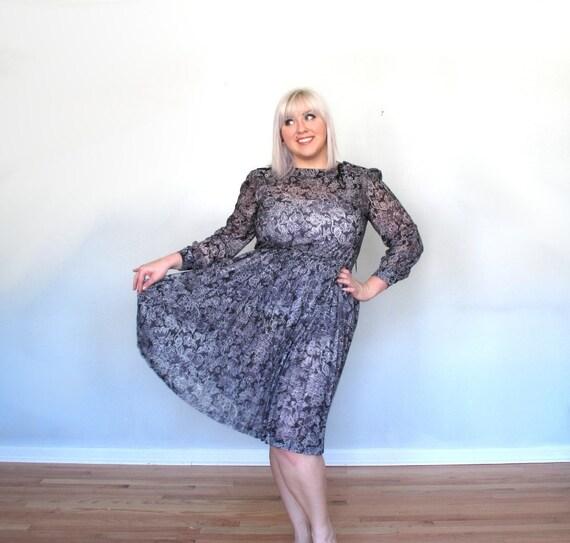 Shear midnight Garden- Vintage dress- plus size- floral