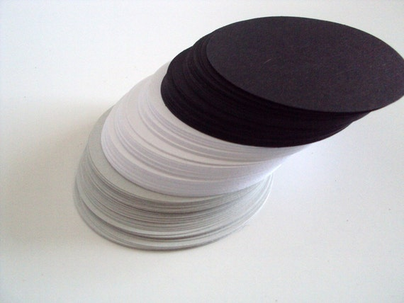 Black Tie Collection Circles 2.5 inches set of 75