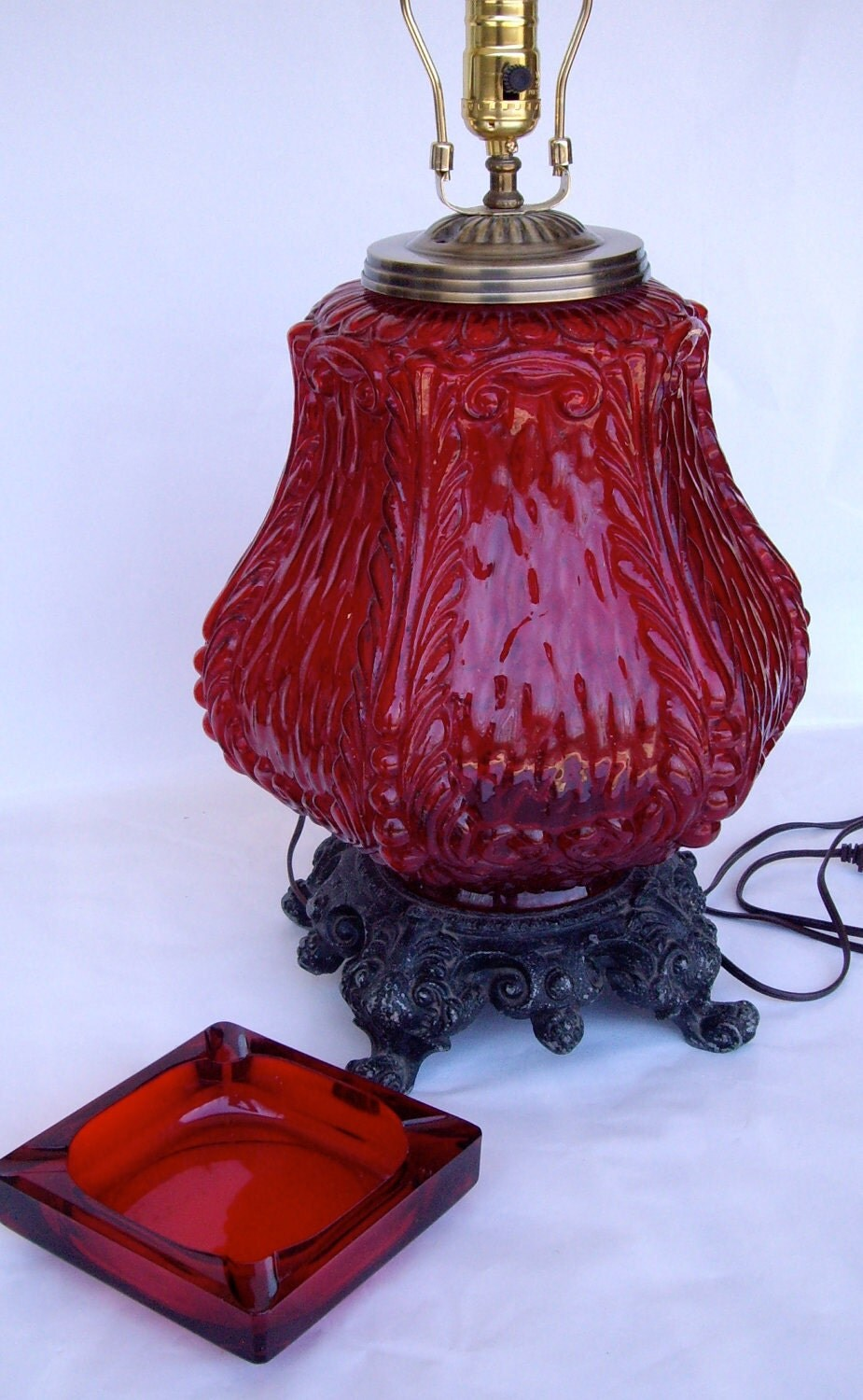 Vintage Lamp Red Mediterranean Large Scale 1961 With Ashtray