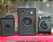 Various Vintage Handheld Cameras- Instant Collection