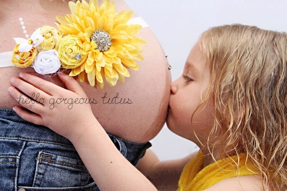 Maternity Sash in Neutral colors. Yellow White - Newborn Sash -Photo Prop  - Belly Band-